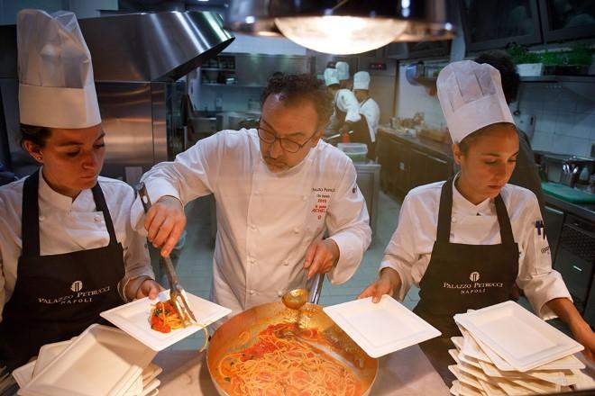 Lo chef Lino Scarallo