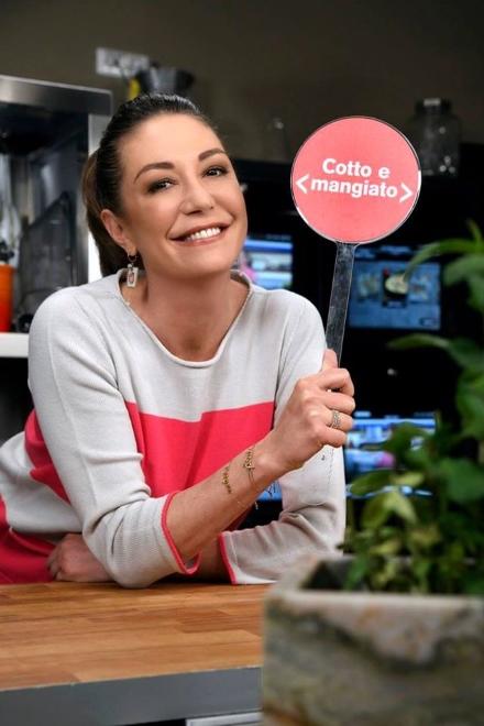 Cotto e Mangiato. Torna il programma con Tessa Gelisio. Foto da Facebook