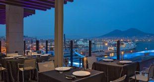 Dove mangiare all'aperto a Napoli, la terrazza de Il comandante a Napoli